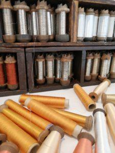 Bobines de fils  de soie
